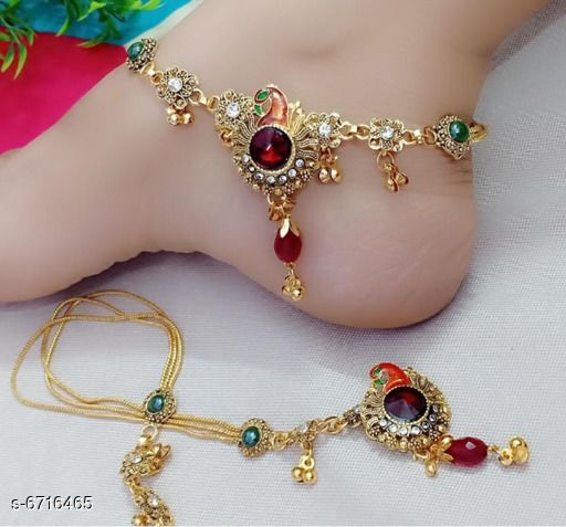 Anklets & Toe Rings Anklets & Toe Rings  *Base Metal* Alloy  *Plating* Gold Plated  *Stone Type* Artificial Beads  *Sizing* FREE SIZE  *Type* Anklet with Toe Ring  *Multipack* 1  *Sizes*   *Sizes Available* Free Size *    Catalog Name: Sizzling Charming Women Anklets & Toe Rings CatalogID_1070702 C77-SC1098 Code: 681-6716465-