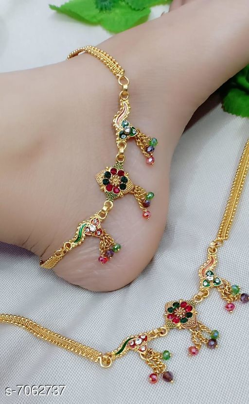 Anklets & Toe Rings  Anklets silver platedit  *Base Metal* Alloy  *Multipack* 1  *Sizes* Free Size  *Sizes Available* Free Size *    Catalog Name: Allure Bejeweled Women Anklets & Toe Rings CatalogID_1126956 C77-SC1098 Code: 742-7062737-