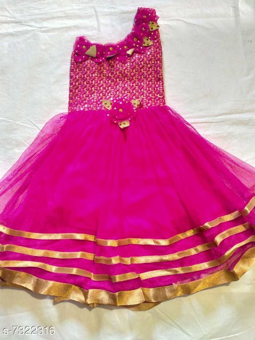 Dresses beautifull frock  *Fabric* Acrylic  *Multipack* Single  *Sizes*  6-7 Years  *Sizes Available* 6-7 Years *    Catalog Name: Modern Trendy Girls Frocks & Dresses CatalogID_1172845 C62-SC1141 Code: 453-7322316-