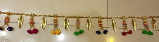 Toran & Wall Hangings TORAN AND HANGINGS  *Material* Handicraft  *Pack* Pack of 1  *Sizes Available* Free Size *    Catalog Name: Classic Festive Toran CatalogID_1229172 C128-SC1318 Code: 622-7594984-