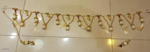 Toran & Wall Hangings TORAN AND HANGINGS  *Material* Handicraft  *Pack* Pack of 1  *Sizes Available* Free Size *    Catalog Name: Classic Festive Toran CatalogID_1229172 C128-SC1318 Code: 113-7594986-