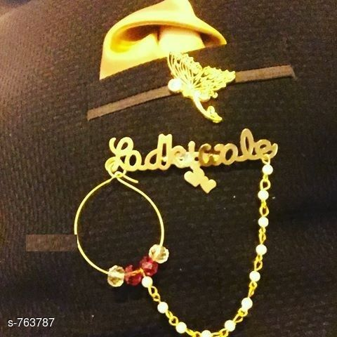 Apparel Accesories Trendy Broach  *Material* Gold plated metal  *Description* It Has 1 Piece Of Broach  *Sizes Available* Free Size *    Catalog Name: Fashionable Broach CatalogID_87023 C72-SC1089 Code: 341-763787-