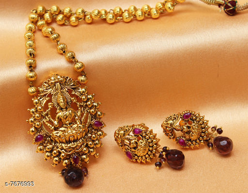 Pendants & Lockets Trendy Pendant  *Plating* Gold Plated  *Multipack* 1  *Sizes*   *Sizes Available* Free Size *    Catalog Name: Allure Bejeweled Pendants & Lockets CatalogID_1247485 C77-SC1095 Code: 644-7676993-