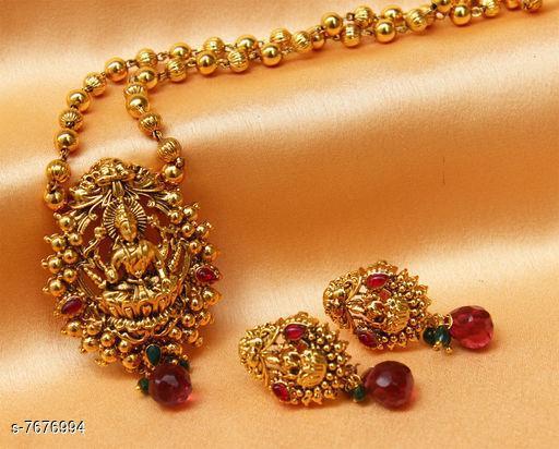 Pendants & Lockets Trendy Pendant  *Plating* Gold Plated  *Multipack* 1  *Sizes*   *Sizes Available* Free Size *    Catalog Name: Allure Bejeweled Pendants & Lockets CatalogID_1247485 C77-SC1095 Code: 644-7676994-
