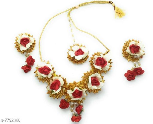 Jewellery Set Beautiful Bridal flower jewellery set for woman and girls  *Base Metal* Plastic  *Plating* No Plating  *Stone Type* Artificial Stones  *Sizing* Adjustable  *Type* Full Bridal Set  *Sizes Available* Free Size *    Catalog Name: Allure Glittering Jewellery Sets CatalogID_1273380 C77-SC1093 Code: 053-7792028-