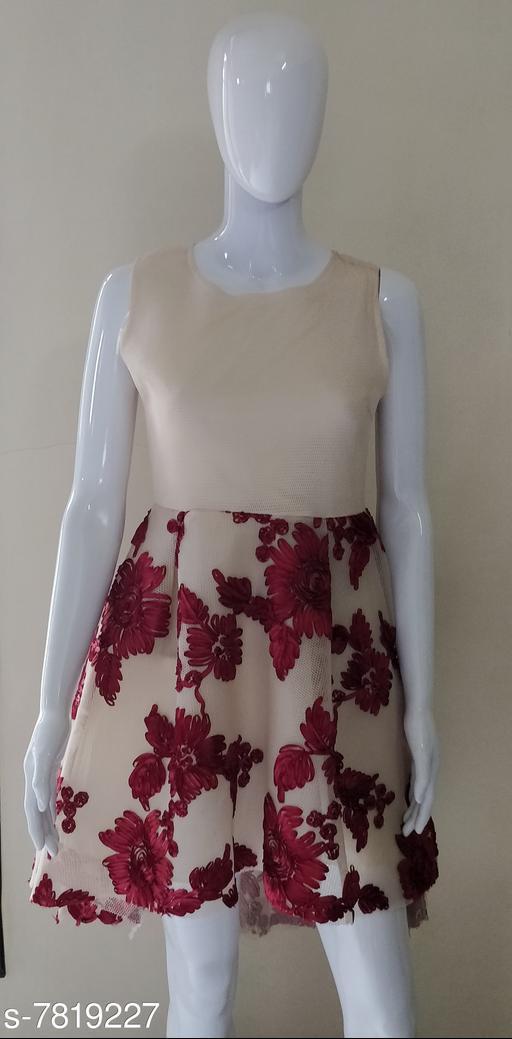 Dresses Women's Dresses  *Fabric* Net  *Sizes*  M  *Sizes Available* M *    Catalog Name: Classic Ravishing Women Dresses CatalogID_1279828 C79-SC1025 Code: 819-7819227-