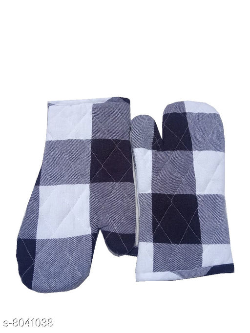 Oven Gloves Tidy Cotton Micro Oven Glove Material: Cotton Pattern: Printed Pack: Pack of 2 Product Length: 12 Inch Product Breadth: 6 Inch Country of Origin: India Sizes Available: Free Size *Proof of Safe Delivery! Click to know on Safety Standards of Delivery Partners- https://ltl.sh/y_nZrAV3  Catalog Rating: ★4.3 (75)  Catalog Name: Classic Oven Gloves CatalogID_1328800 C129-SC1636 Code: 651-8041038-003