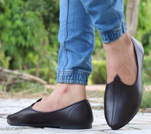 Stylish Men's Leather Black Juttis