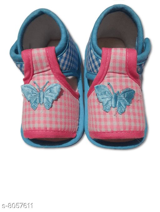 Flats BABY GIRL'S PRINTED SANDALS  *Material* Textile  *Sole Material* Polyurethane  *Sizes*  0-4 Months  *Sizes Available* 0-4 Months *    Catalog Name: Cutiepie Classy Kids Girls Sandals CatalogID_1332862 C60-SC1166 Code: 001-8057611-