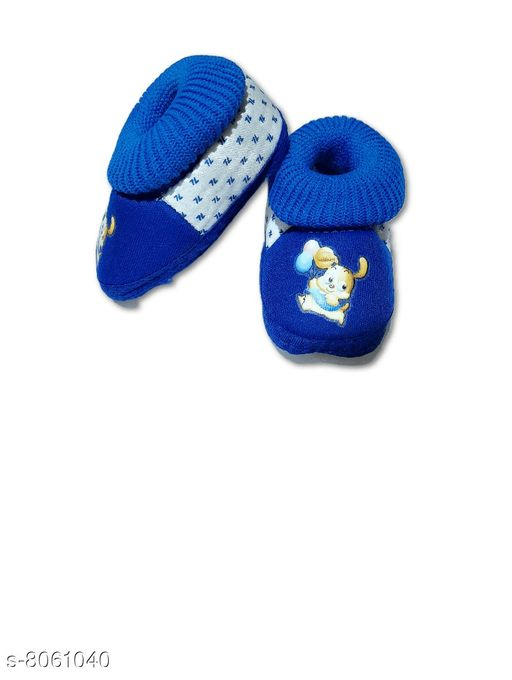 Casual Shoes NEW BORN BABY SHOES  *Material* Textile  *Sole Material* Polyurethane  *Multipack* 1  *Sizes*  0-4 Months  *Sizes Available* 0-4 Months *    Catalog Name: Fuzzy Beautiful Boys Casual Shoes CatalogID_1333675 C57-SC1188 Code: 181-8061040-