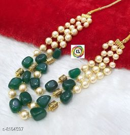 Charming Women Necklaces & Chains