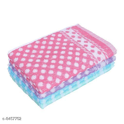 Hand & Face Towels  Attractive Hand Towel  *Material* Cotton  *Multipack* 4  *Sizes*   *Free Size (Length Size* 21 in, Width Size  *Description* It Has Kitchen Towel, Hand Towel & Face Towel  *Sizes Available* Free Size *    Catalog Name:  Attractive Hand Towel CatalogID_1425076 C71-SC1113 Code: 013-8457752-