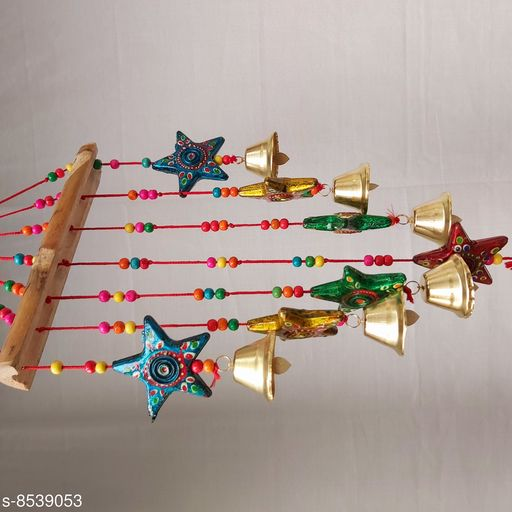 Wind Chimes Traditional Wind Chime Star   *Material* Handicraft  *Pack* Pack of 1  *Sizes Available* Free Size *    Catalog Name: Classic Chimes CatalogID_1444147 C127-SC1619 Code: 842-8539053-