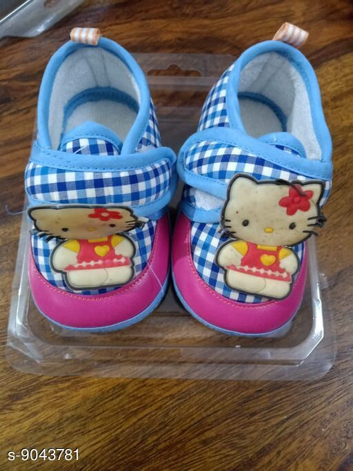 Casual Shoes Beautiful Kids Shoes  *Material* PVC  *Pattern* Printed  *Multipack* 1  *Sizes*   6 - 9 Months (12 cm)  *Sizes Available* Free Size *    Catalog Name: Trendy Baby Shoes  CatalogID_1563307 C60-SC1164 Code: 513-9043781-