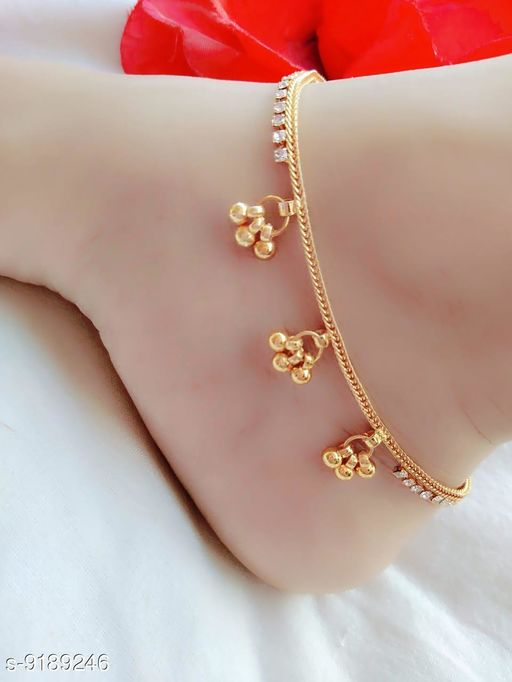 Anklets & Toe Rings Fancy anklets  *Base Metal* Brass  *Type* Chain Anklet  *Multipack* 1  *Sizes* Free Size  *Sizes Available* Free Size *    Catalog Name: Fancy anklets CatalogID_1597136 C77-SC1098 Code: 631-9189246-