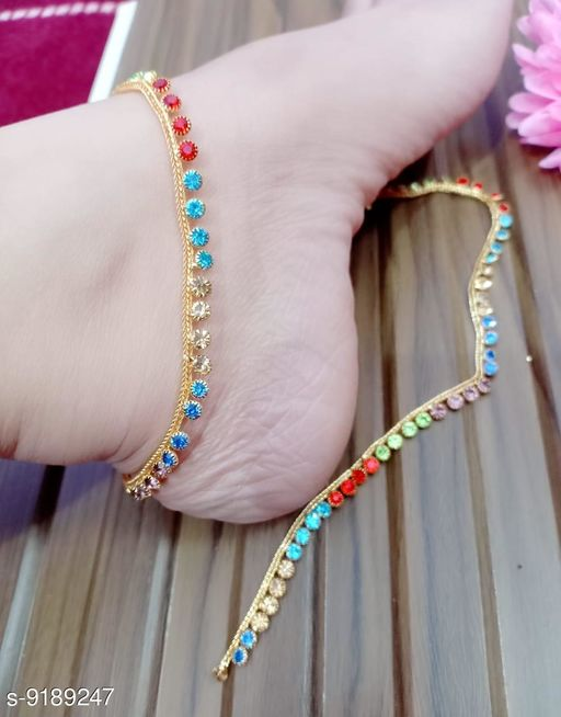 Anklets & Toe Rings Fancy anklets  *Base Metal* Brass  *Type* Chain Anklet  *Multipack* 1  *Sizes*   *Sizes Available* Free Size *    Catalog Name: Fancy anklets CatalogID_1597136 C77-SC1098 Code: 631-9189247-