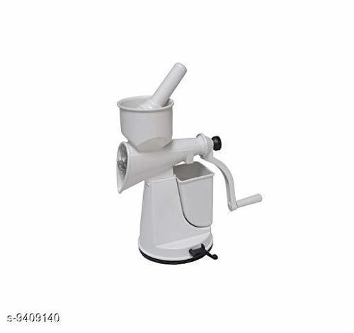 Juicers Yashvi fruite And vegetable juicer  *Material* Plastic  *Sizes Available* Free Size *    Catalog Name: Unique Manual Juicers CatalogID_1651300 C135-SC1657 Code: 804-9409140-