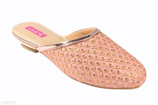 Flats Women Fashion Sandals  *Material* Textile  *Sizes*  IND-7  *Sizes Available* IND-7 *    Catalog Name: Relaxed Attractive Women Flats CatalogID_1701461 C75-SC1071 Code: 787-9622217-