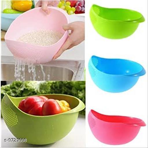 Kanishka Pack of 2 pcs Multicolor Plastic Vegetable Fruits Pulses Washing Bowl and Strainer (Big)