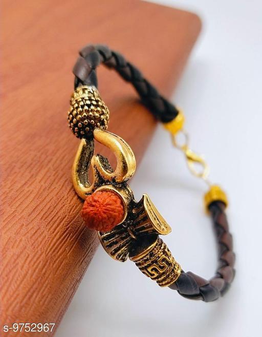 Classic daily wear bracelet